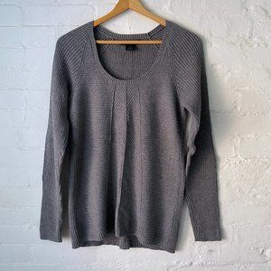 Calvin Klein Jeans Gray Pullover Sweater Size M